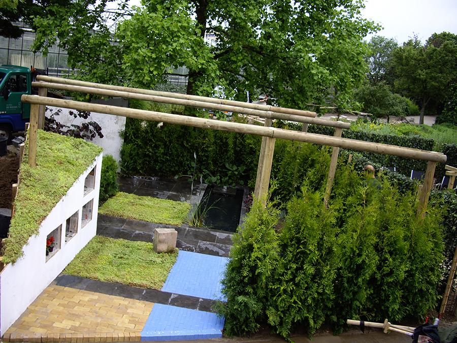 Tuinaanleg nijmegen strakke tuin met waterpartij green for Tuin aanleggen nijmegen